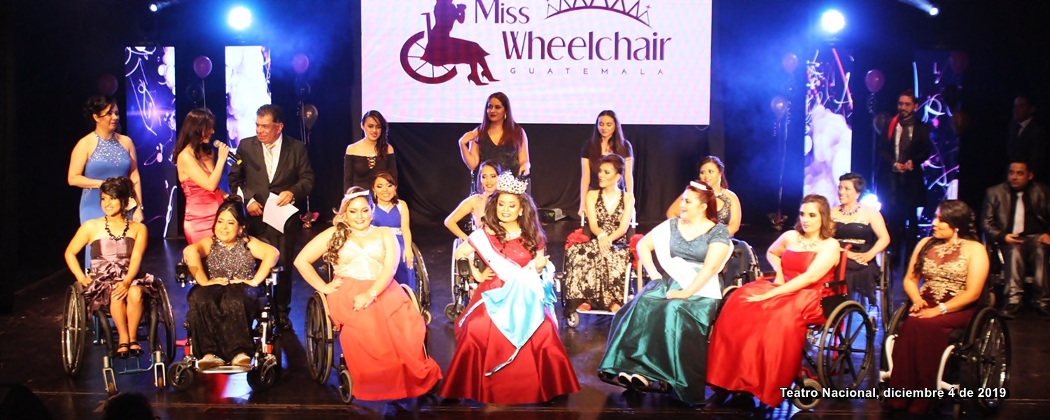 Escena del final del evento de elección de Miss Wheelchair Guatemala 2019